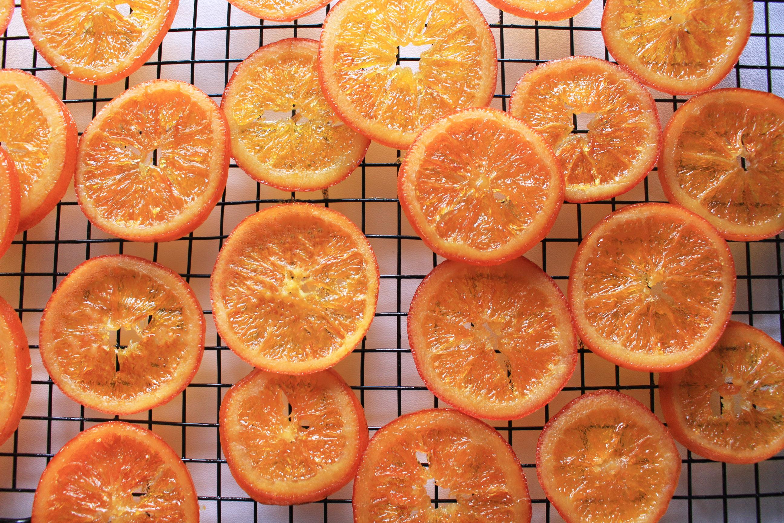 Mứt cam dẻo nhúng socola/ Tranches d'oranges confites au chocolat noir –  les filles au balcon
